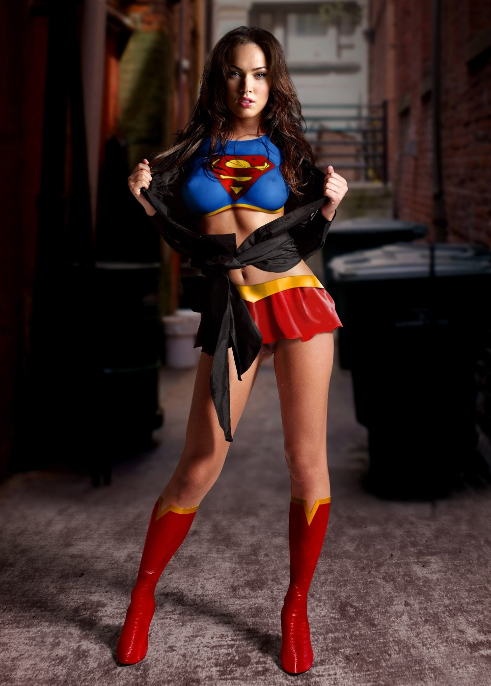 This image has an empty alt attribute; its file name is Megan-Fox-Transformed2.jpg