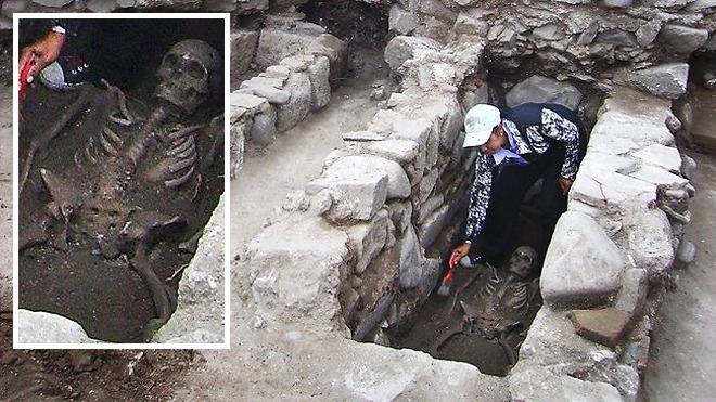 http://theendlessnight.com/wp-content/uploads/2012/06/bulgaria-archeology-vampires.jpg