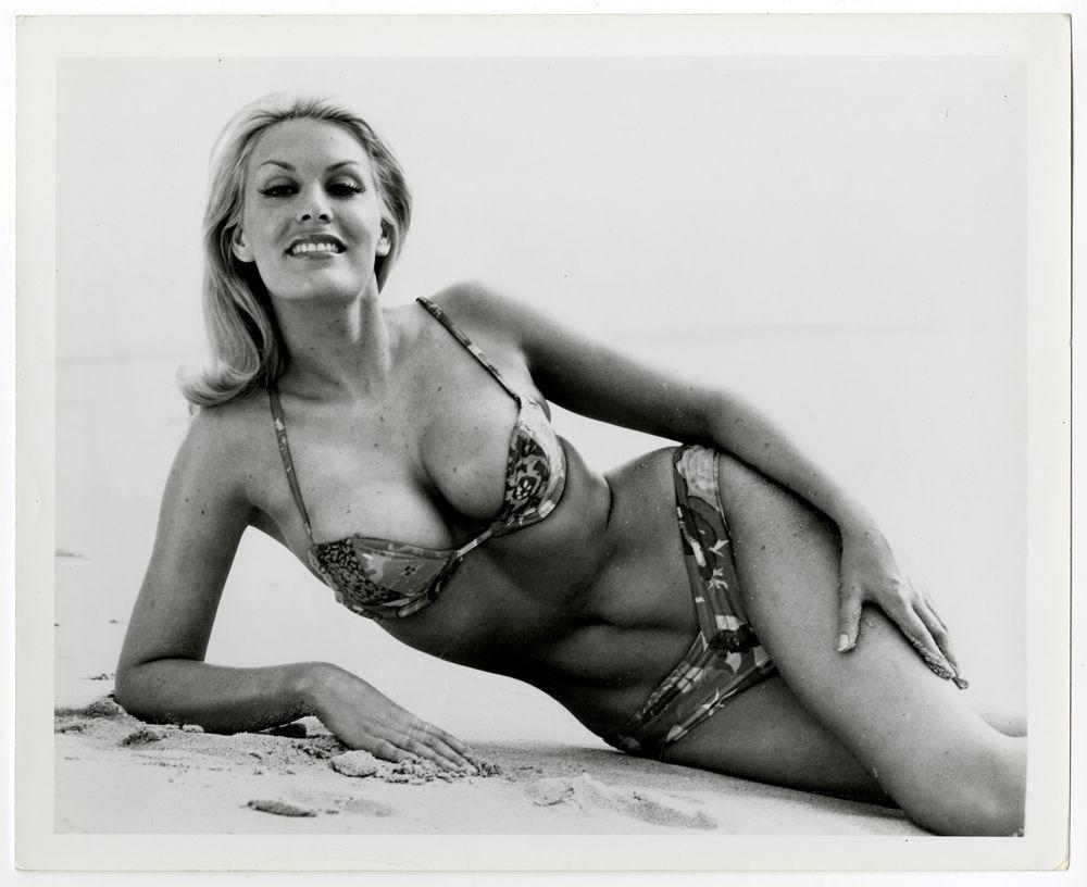 SEXY 1964 PLAYBOY BIKINI CLAD JUNE WILKINSON ORIGINAL PHOTOGRAPH BUXOM BLONDE NR #1